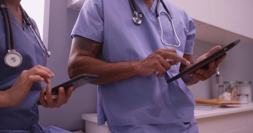 collaboration entre professionnels de santé